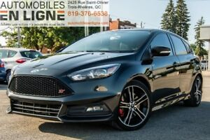 2015 FORD FOCUS ST 2.0T | NAVIGATION | BLUETOOTH | SIÈGES RECARO