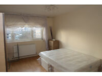 Three Large Double Bedroom flat with Modern Kitchen and Amazing Balcony View in Islington N1