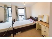 BEAUTIFUL 1 BED APARTMENT TO RENT E16 AVAILABLE NOW !!!!