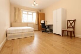 🆕SPACIOUS DOUBLE SINGLE USE BY HENDON CENTRAL STATION - Zero deposit apply- #Florence