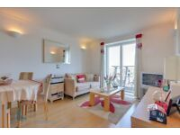 Stunning ONE BEDROOM flat with DIRECT RIVER views, GYM, CONCIERGE, WELL PRESENTED, Canary Wharf