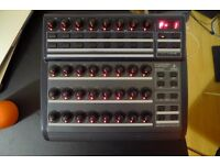 Behringer BCR2000 - USB/MIDI Controller Desk with 32 Illuminated Rotary Encoders - £60