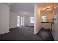 Two double bedroom beautiful newly built modern apartment, short walk to Streatham Train Station