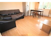 GREAT DEAL! SUPER 2 BEDROOM FLAT NEAR ZONE 2/3 TUBE, 24 HR BUSES- ONLY 20 MINS TO CENTRAL LONDON