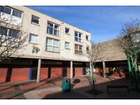 2 bedroom flat in York Lane, GRANGEMOUTH, FK3