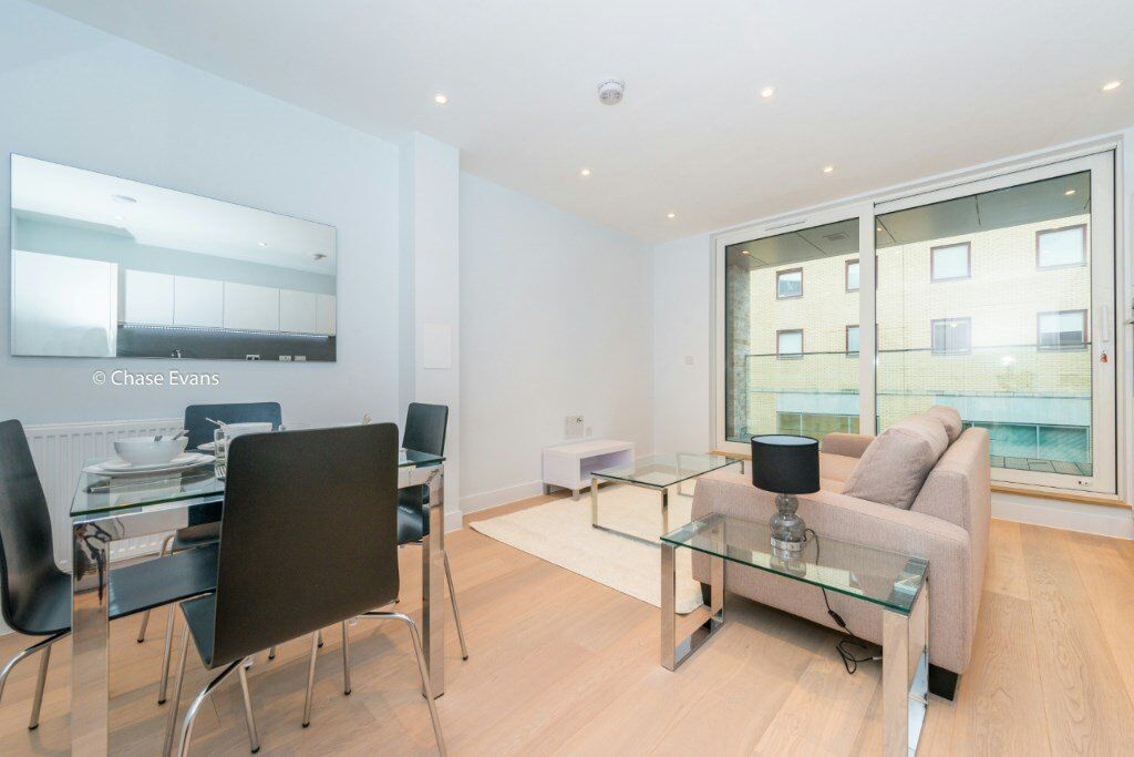 SPACIOUS 2 BED 2 BATH APARTMENT IN WATERLOO SE1! DESIGNER FUNISHED LONDON BRIDGE THE CITY VAUXHALL