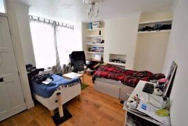 Excellent 2 Bedroom Ground Floor Flat - £1600.00 PCM - Deacon Road - Willesden
