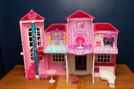 Barbie Malibu doll house