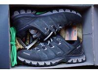 Meindl Gore-tex men's walking shoes, size 8, boxed.