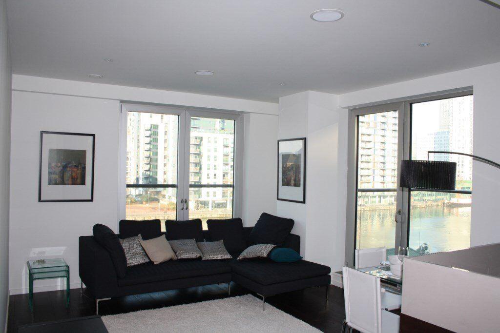 LUXURY 3 BED 2 BATH APARTMENT IN BALTIMORE WHARF E14 CANARY WHARF! DESIGNER FURNISHED WITH CONCIERGE