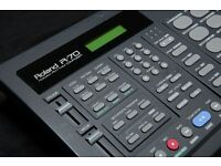 Roland R-70 Human Rhythm Composer Drum Machine (this not Yamaha, alesis, Korg, Lexicon, Casio)