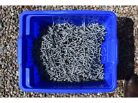 19kg pack of 65mm x 3.75mm Standard Galvanised Clout Headed Nails