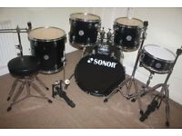 Sonor Force 505 Black 5 Piece Complete Drum Kit (22in Bass) + All Stands + Stool + Cymbal Set