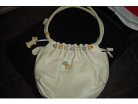 LADIES RADLEY HANDBAG ONLY £10