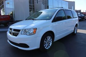 2016 Dodge Grand Caravan SXT Plus (Stow and Go - DVD Player)