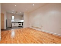 1 bedroom flat in Cherrywood Lodge, Birdwood Avenue, Hither Green, SE13