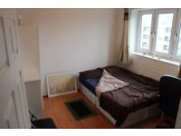 Fantastic Double Room Available - 1 stop from Bank Station - Great Location - Great Price!!