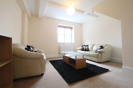 2 bedroom flat in Bridgewater House, Bridgewater Square, Barbican, EC2Y