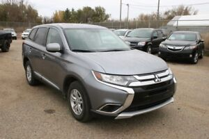 2016 Mitsubishi Outlander ES 4WD Heated Seats Bluetooth
