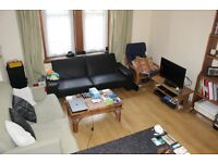 Sleeps 4/5 1 bed SHORT LETS!! 7 mins to Playhouse. Ground floor, spacious and clean, good value.