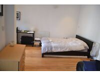 Short Let Studio Flat Available Now Inclusive All Bills !!!