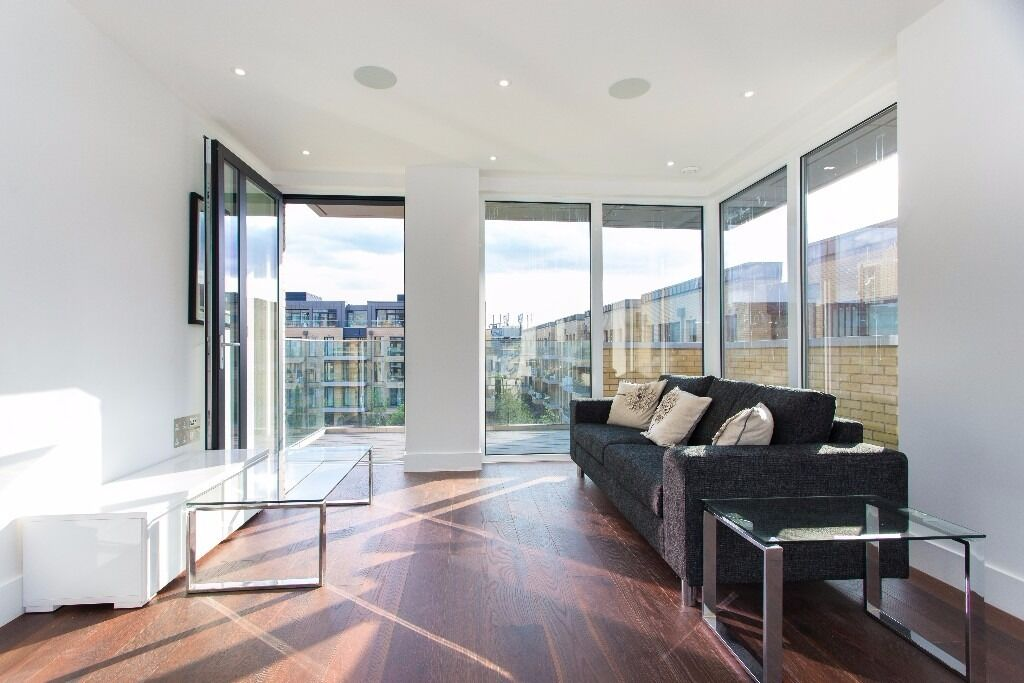 @ Fulham - Stunning designer two bed two bath apartment - Fulham Riverside - Kings Road!!