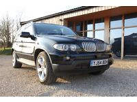 BMW X5 4.4 SPORT / BLACK + GLASS PANORAMIC ROOF + FSH + LEATHR + FULLY LOADED
