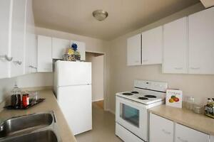 Perfect Western U Locale! FREE $250 Gift Card - Rent Today! London Ontario image 5