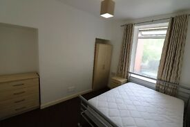 DOUBLE ROOM IN SHARED HOUSE - ALBERT AVENUE, MAINDEE, NEWPORT