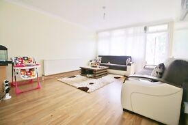 ***MODERN/SPACIOUS 2/3 BEDROOM WITH BALCONY ON PARKHURST ROAD, ISLINGTON N7***