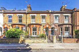 Beautiful 3 bed house in Earlsfield