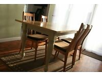 Kitchen or Dinning Chairs set of 4 Beautiful condition . with vertical slat curved backs