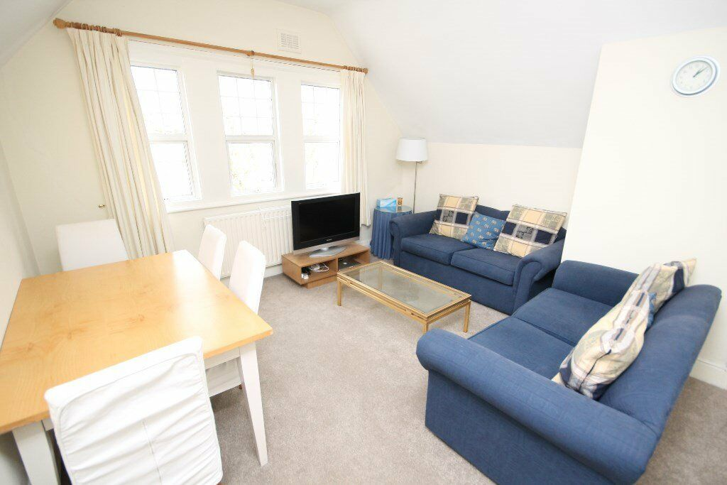 SUPER SPACIOUS TWO DOUBLE BED FLAT -CENTRAL LOCATION