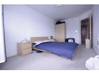 2 bedroom apartment to rent in rotherhithe less then a 2 minutes walk to the station call now