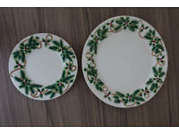 2 x YANKEE CANDLE Christmas Plates - 19cm & 29cm - Never Used