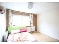 LARGE 1 BED FLAT DSS / UNIVERSAL CREDIT CONSIDERED