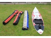 Windsurf board and set of sails