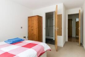 2 double bedroom & 2 bath modern apartment for short-term weekly/monthly rental @£320 per 5 day WEEK
