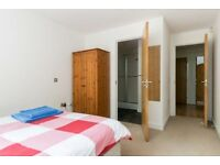 Short Term Weekly/monthly rental- 2 double bedroom & 2 bath modern apartment - Sleeps up to 4
