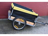 Bicycle Cargo Trailer with a maximum load capacity of 65 kg.