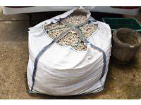 White Grey Limestone Gravel Chippings - Bulk Bag