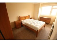 3 DOUBLE BEDROOM FLAT AVAILABLE NOW - £380 Per Week!!!