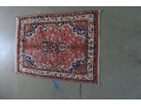 Persian Hand knotted carpet Toyserkan almost in new state 160cm X 110cm price £165
