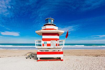 Lighthouse Style Lifeguard Hut South Beach Miami Photo Art Print Poster 18x12