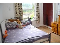 BILLS INCLUDED! MODERN LARGE STUDIO WITH SEPARATE KITCHEN BY ZONE 2/3 NIGHT TUBE & 24 HOUR BUSES