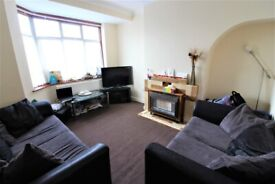 Prime Location 4 Bedrooms house in Goodmays