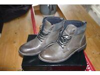 Mens Topman boots. Size 8