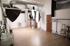 450sqft Fully Equipped London Photo Studio Hire - Photo/Film/Casting etc