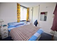 Spacious 2 bedroom roof terraced duplex flat available now for sharers!