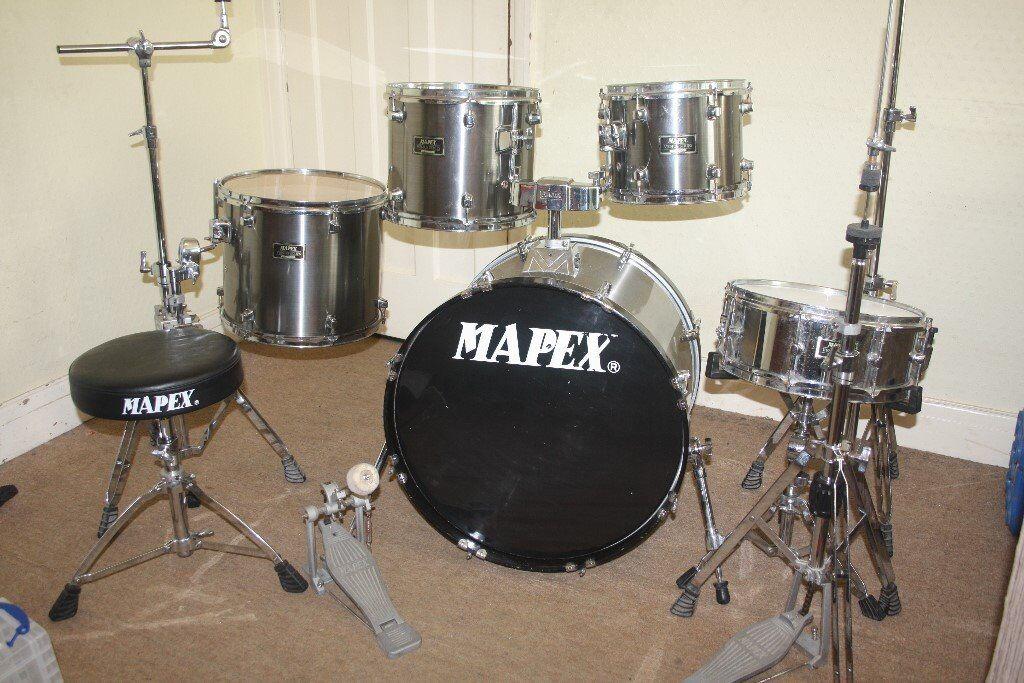 Mapex Venus Smokey Chrome Finish 5 Piece Full Drum Kit (22in Bass) + Stands + Stool + Cymbals